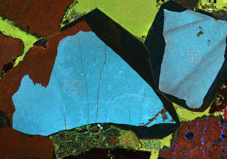 RGB cathodoluminescence intensity image of quartz sandstone