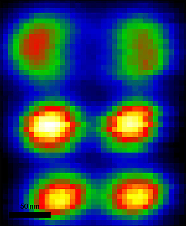 Hyperspectral CL map acquired in SEM on a gold plasmonic dolmen metamolecule